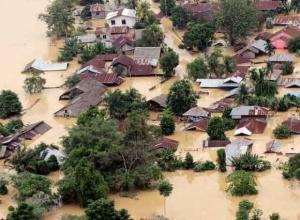 Inundaciones del 24/12/06 en Aceh Tamiang - Indonesia, en la misma zona del Tsunami. Publicada en El País Digital el 25/12/2006
